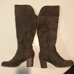 A.n.a women's knee high boots size 11 suede